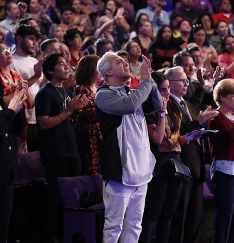 Cristian Castro se convierte en cristiano por una mujer
