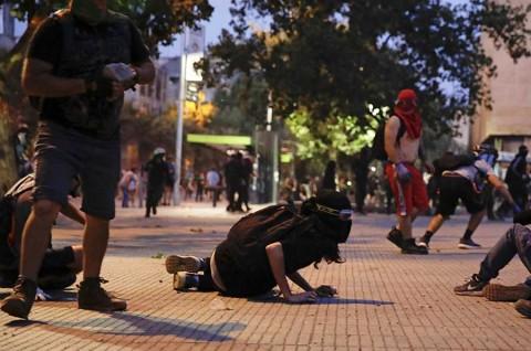 Noche de disturbios en Chile deja más de 130 detenidos