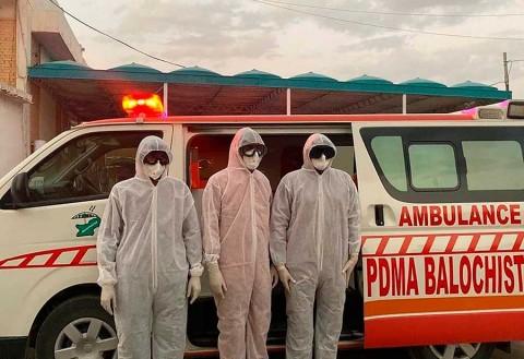 Descarta Irán aplicar cuarentenas por coronavirus; van 19 muertos