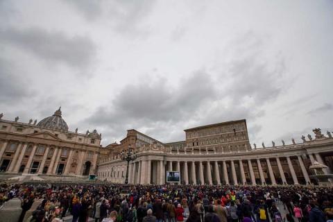 El Papa cancela retiro espiritual por resfriado