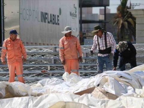 En Hidalgo 'levantan' hospital inflable por coronavirus. Foto: Especial