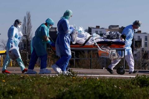 Más de 1.000 muertes y 22.300 infectados por coronavirus — Alarma en Francia