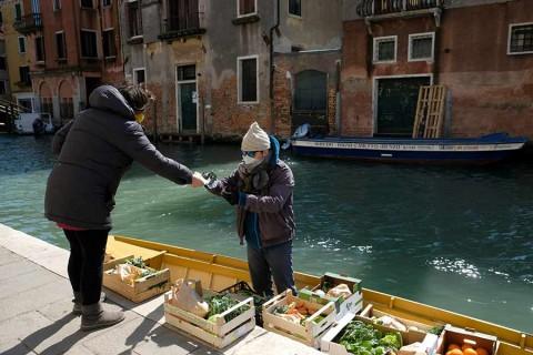 Italia parece estar llegando al pico del brote