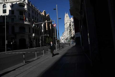 España extenderá cuarentena hasta el 25 de abril