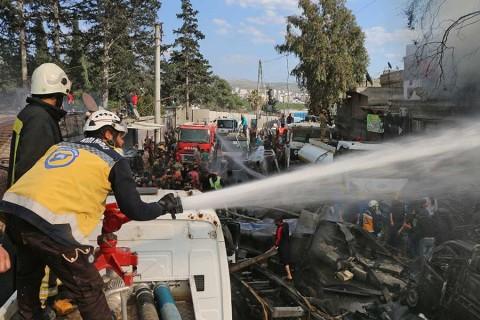 Atentado con bomba en mercado de Siria deja al menos 35 muertos