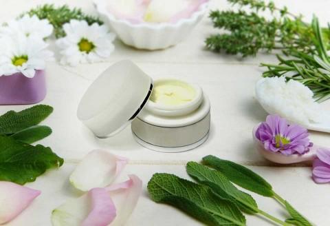 Elabora tus cosméticos naturales  libres de químicos: 4 fáciles recetas