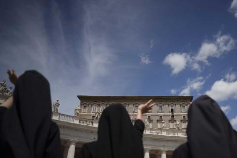 El Papa pide mantener cautela y cumplir con normas sanitarias