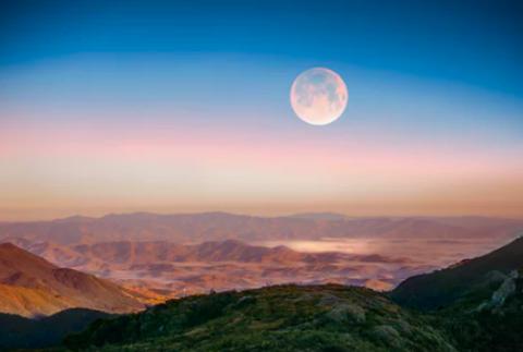 ¡No te la puedes perder! 'Luna azul' aparecerá en Halloween