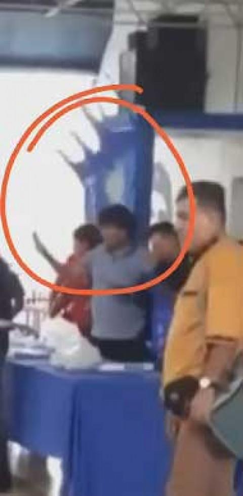 Lanzan silla a Evo Morales durante reunión en Bolivia