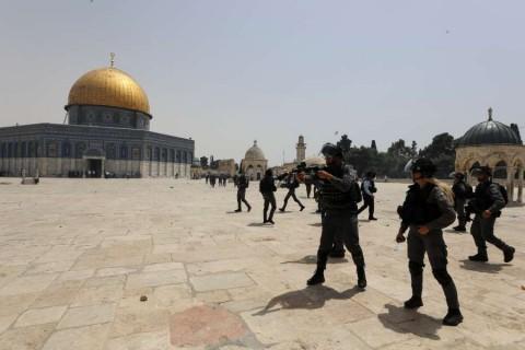 Tregua en Gaza se mantiene; Israel abre a judíos sitio sagrado en Jerusalén