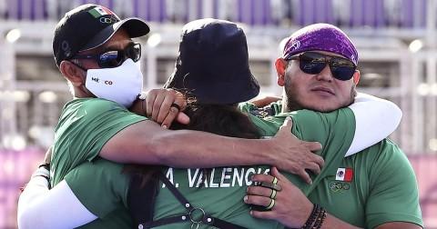 Alejandra Valencia y Luis Álvarez ganaron su primera medalla Olímpica (Foto de Reuters)