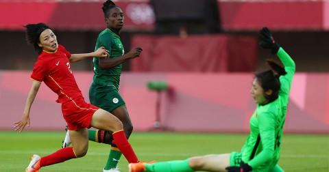 Barbara Banda fue la figura de Zambia ante China con su hat-trick (Foto de Reuters)