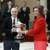 Reconocen a Iniesta por jugar limpio con el premio Reina Sofía