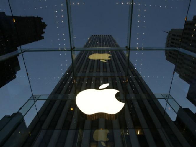 Se cree que el nombre de Apple fue elegido debido a los buenos recuerdos de Jobs cuando tuvo un trabajo de verano en una granja de manzanas en Oregón. Foto: AP
