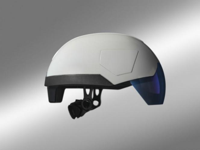 El casco inteligente, producido en conjunto con la empresa de realidad aumentada Daqri, ofrece una visión similar a rayos x. Foto: Daqri