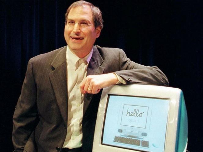 La i del nombre significa Internet, innovación, inspiración, e informar, según lo que Steve Jobs declaró en la presentación de la primera iMac. Foto: Especial