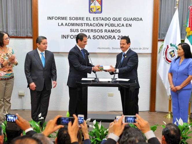 Padrés entrega su Quinto Informe de gobierno de Sonora