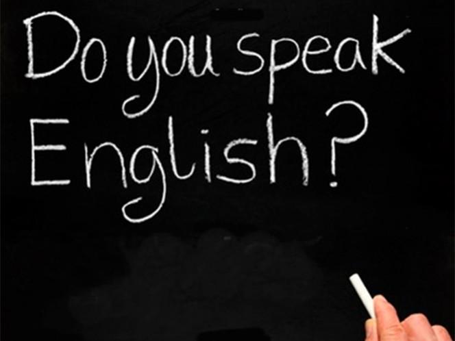 Las vacantes laborales que ofrecen 5 mil pesos no piden que los profesionistas sepan inglés, mientras que un empleo con un sueldo de 30 mil, exige dominio de ese idioma