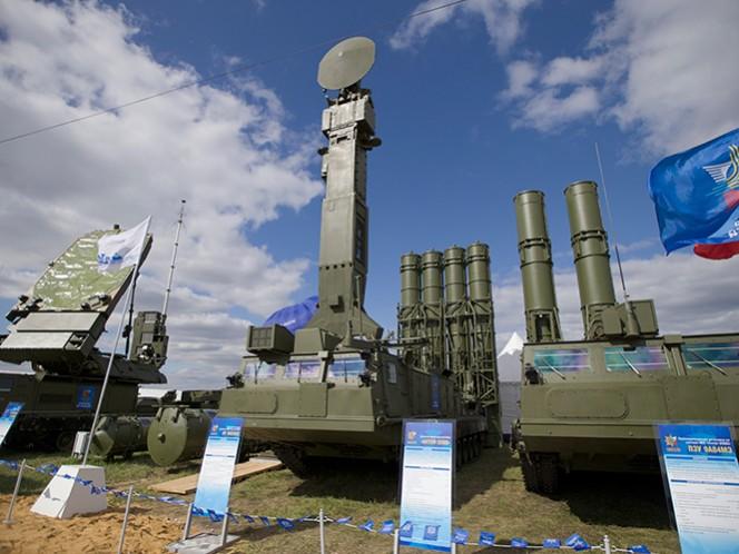 Concreta Rusia polémico acuerdo con Irán para suministro de misiles