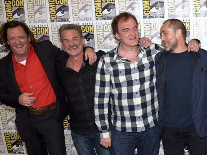 El actor mexicano describe a Tarantino como 'generoso y cariñoso, una persona libre y sin miedo que genera un ambiente idóneo donde todo el mundo puede sugerir la mejor salida a cada reto'. (AP)