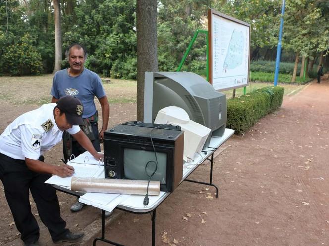 En los Vivero de Coyoacán se encuentra un centro de acopio de televisores análogos.