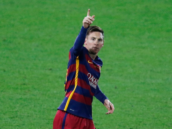 La herencia de Ronaldinho a Messi: el número 10 (Reuters)