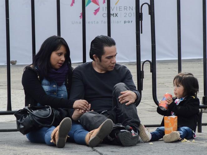Familias aprovecharon que había poca gente en la ciudad para recorrerla.