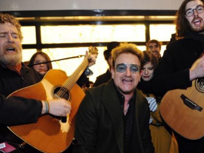 Bono se perdió la edición del año pasado y no pudo acudir a la calle peatonal de Grafton Street por estar en recuperación de su accidente en bicicleta en Central Park, Nueva York, un mes antes. (Instagram)