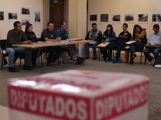 El consejero Enrique Andrade comentó dos asuntos que podrían repetirse en 2016: conflictos locales y la resistencia de ciudadanos para participar como funcionarios de casilla.