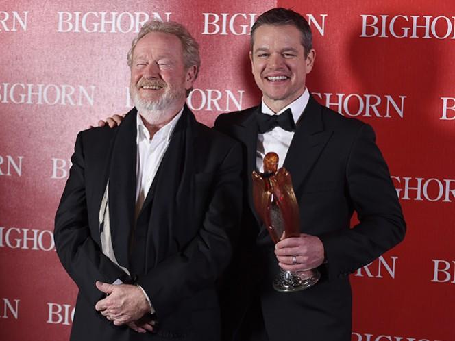 Anoche el Festival Internacional de Cine de Palm Springs, Damon dijo estar sorprendido al saber que Scott, de 78 años, nunca ha ganado un Oscar pese a tres nominaciones y a haber dirigido la cinta ganadora como Mejor Película en 2001, 'Gladiator'. (AP)