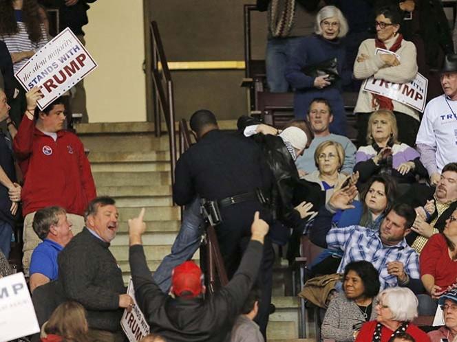 Manifestantes irrumpen discurso de Donald Trump en Carolina del Sur