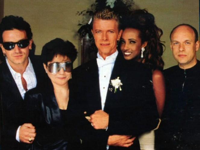 El 24 de abril de 1992 se casó con la modelo somalí Iman, en una ceremonia privada en Lausana; la boda fue posteriormente solemnizada el 6 de junio en Florencia, con invitados como Bono, Yoko Ono y Brian Eno. (Instagram)
