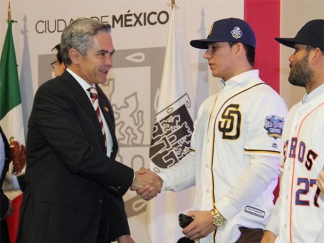 Astros y Padres jugarán en el DF en marzo (Foto tomada de @ManceraMiguelMX)