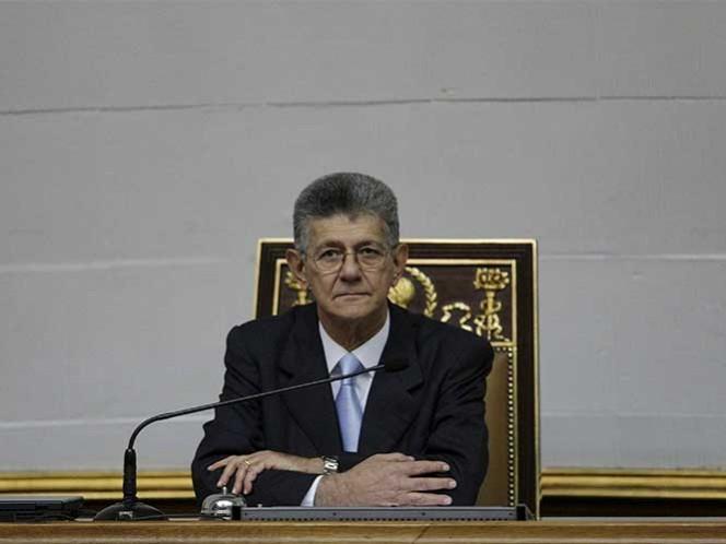 Presidente de Parlamento venezolano asegura que institución es víctima de emboscada