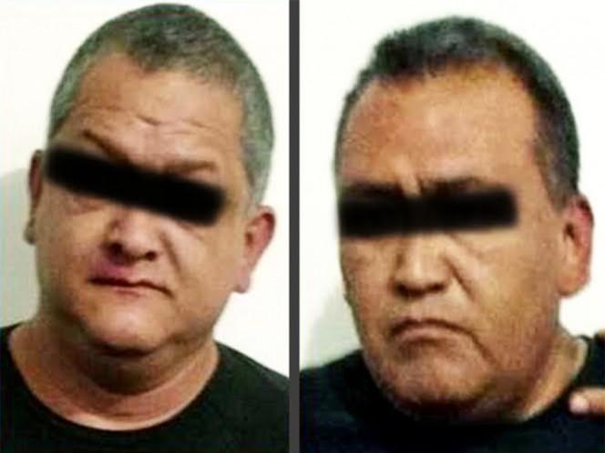 Detienen a dos policías en Neza acusados de extorsión