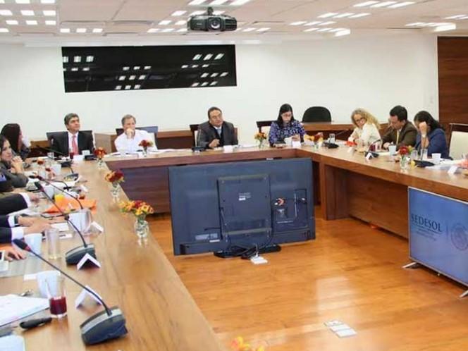 Meade Kuribreña hizo junto con los legisladores federales un repaso de los avances y retos que enfrentan las políticas públicas en materia de desarrollo social.