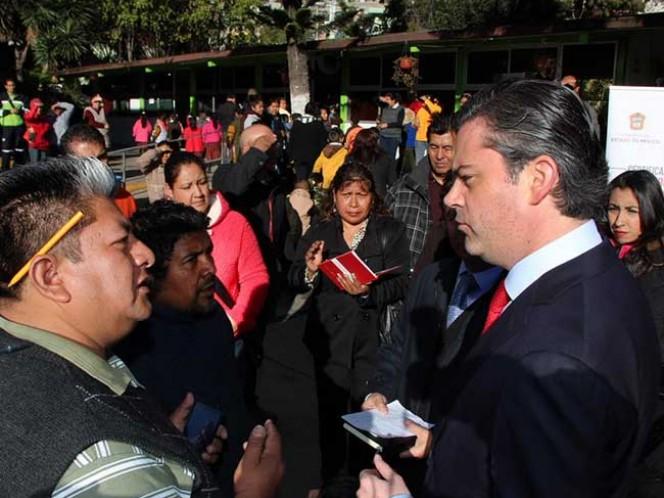 El titular de la SEP, Aurelio Nuño, confirmó que a partir de la segunda quincena de enero, ya no se pagará los sueldos de dos mil 200 maestros comisionados a funciones sindicales.