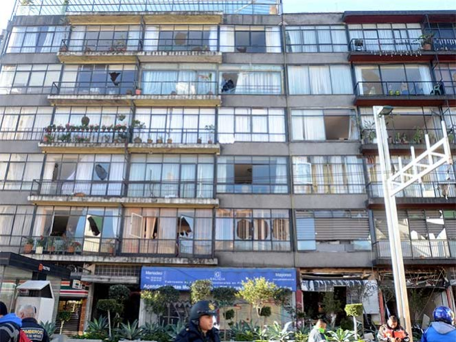 Habitantes del edificio afectado por explosión recuperan su vida normal