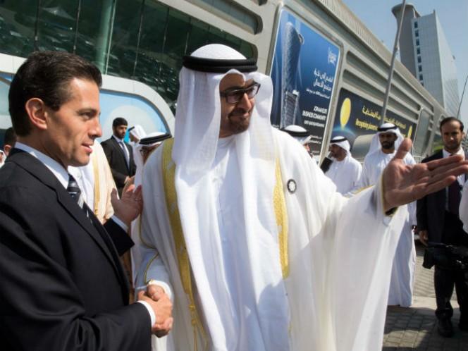 El presidente Enrique Peña Nieto y el príncipe heredero de Abu Dhabi, Mohammed Bin Zayed Al Nahyan