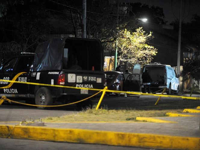 Un policía del sector Padierna, falleció por impactos de arma de fuego, al enfrentarse a un delincuente que había asaltado minutos antes una tienda de autoservicio. Foto: Cuartoscuro