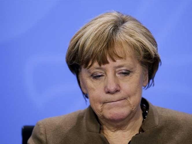 Angela Merkel agilizará las expulsiones de extranjeros sin asilo