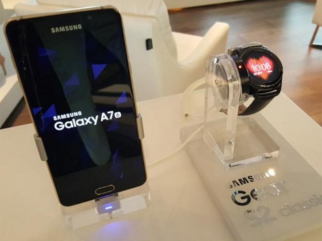 El precio del Galaxy A5 será de 8 mil 699 pesos y el del A7 de 10 mil 499 pesos, mientras que para mayo próximo esperan tener listo el modelo A3. Foto: @SamsungMexico