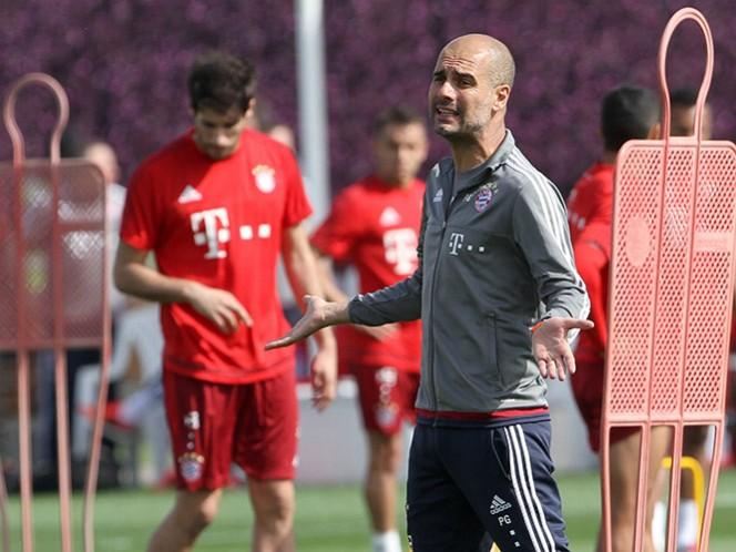 """""""El ambiente es bueno. Si no, no habríamos quedado campeones de la primera ronda de la temporada"""", dice Guardiola (Reuters)"""