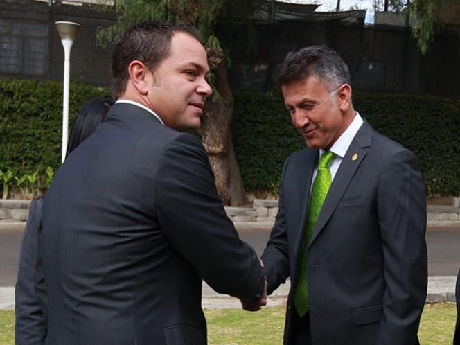 Baños recordó que el proceso en el Tricolor es muy importante y entiende la problemática por la que atraviesa Chivas (Mexsport)