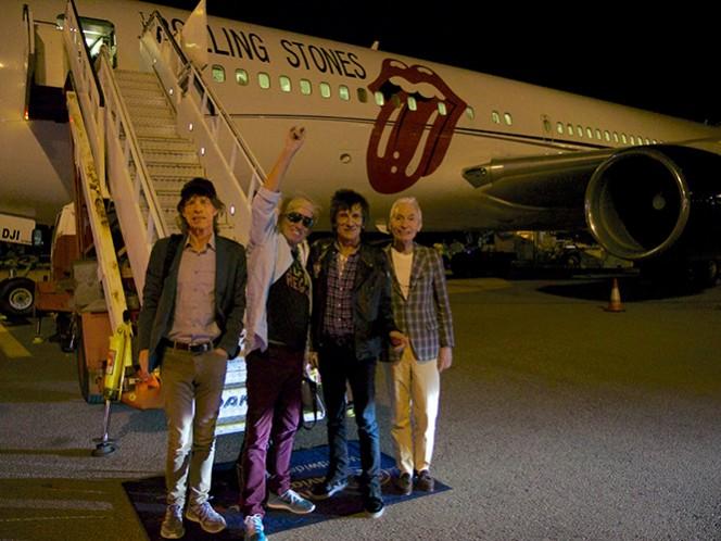 Custodiados por unos 15 guardaespaldas y arropados por un equipo de 140 personas, Mick Jagger, Keith Richards, Ronnie Wood y Charlie Watts llegaron el domingo en un vuelo 'charter' procedente de Los Ángeles. (Tomada de su página oficial)