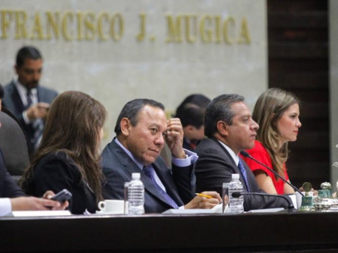 La Cámara de diputados aprobó con 437 votos a favor un dictamen que reforma diversos artículos de la Ley de Ascensos y Recompensas del Ejército y Fuerza Aérea Mexicanos