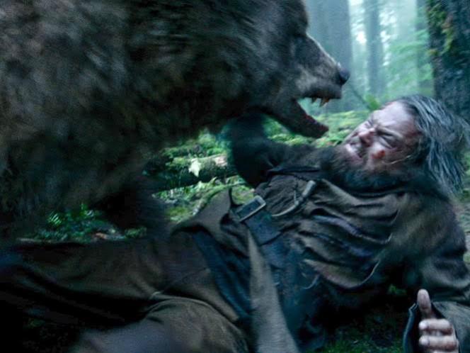 Premian a 'The Revenant' por la escena del oso