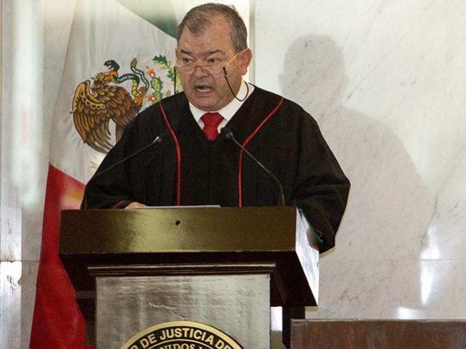 A principios de año, Edgar Elías Azar, rindió protesta como magistrado presidente del TSJDF.