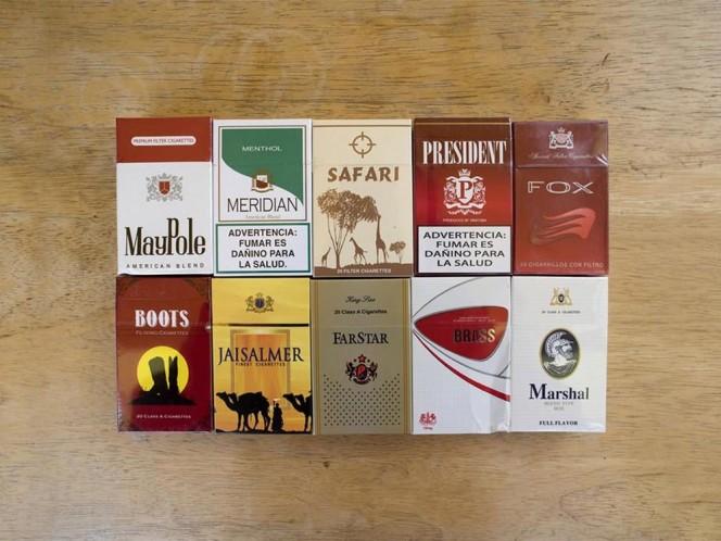 Cigarros de contrabando que venden afuera de la cárcel; cada cajetilla cuesta 15 pesos y no los 47 pesos de otras marcas.