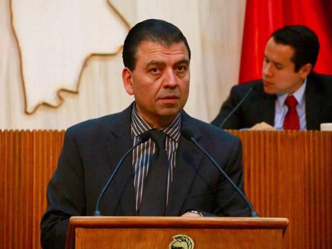 El diputado Eugenio Montiel fue el encargado de presentar la iniciativa para reformar la Ley de Promoción de Valores y Cultura de la Legalidad de Nuevo León